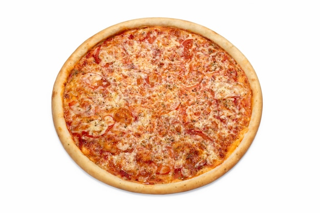 白い背景で隔離の新鮮なイタリアの古典的なピザピザ屋メニューの広告チラシやポスター