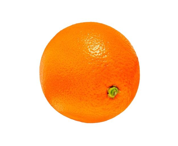 白い背景に分離されたオレンジ色の果実の新鮮なジューシー。