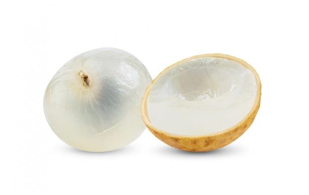 白で隔離される新鮮なリュウガン