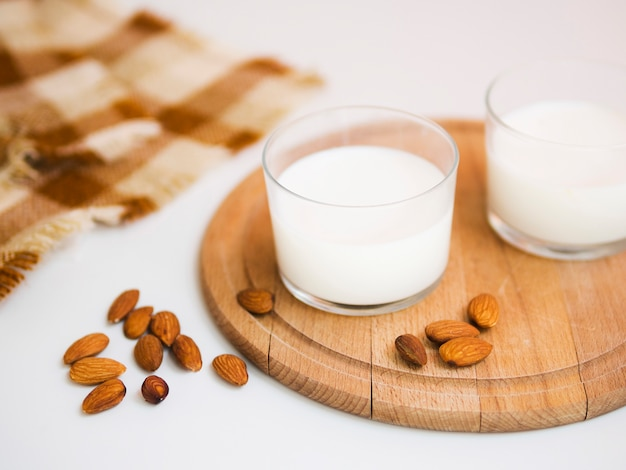 Fresh milk and some almonds