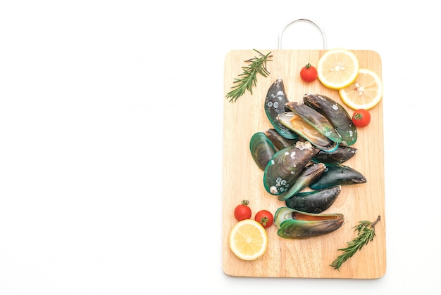Fresh mussels isolated