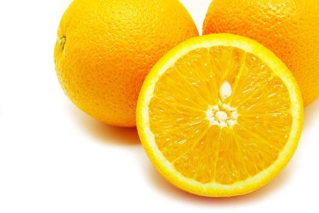 신선한 오렌지 흰색 절연