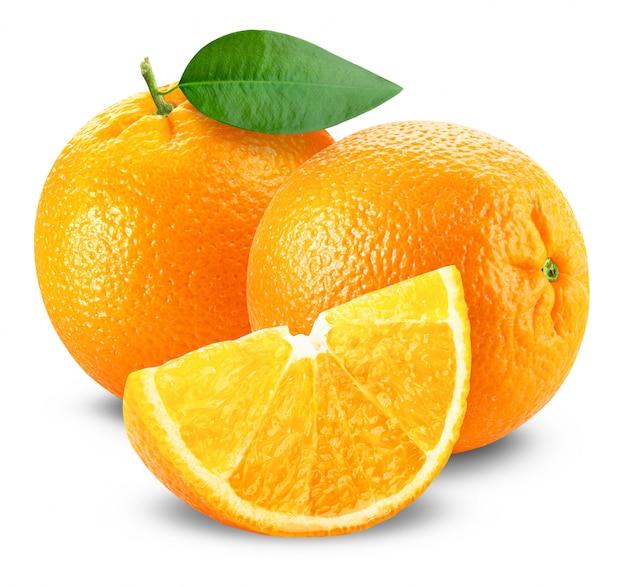 Свежий апельсин