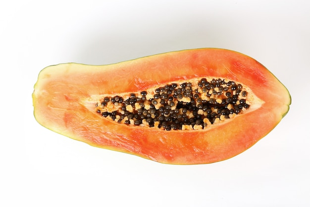 新鮮なパパイヤの果実