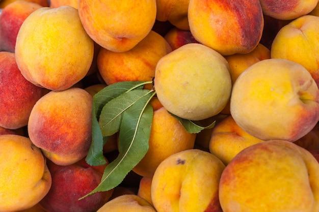 Fresh peaches on the farm market