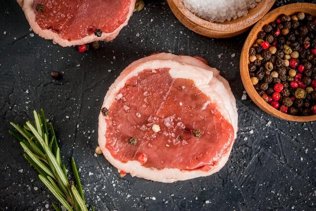 Fresh raw beef medallions
