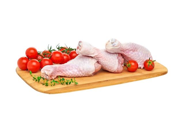 木の板に新鮮な生鶏ばち状核突起