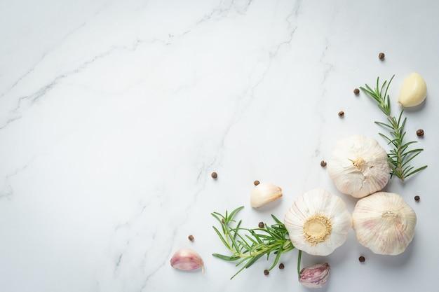 Fresh raw garlic ready to cook