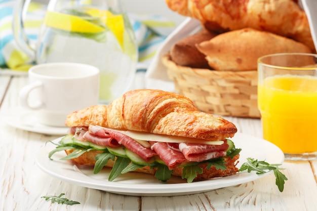 Fresh sandwich-croissant