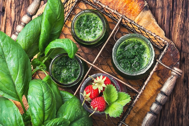 Fresh spinach smoothies