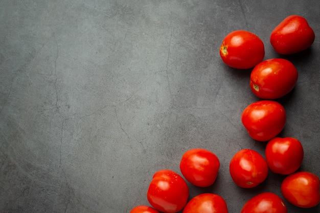 Pomodori freschi pronti da cucinare