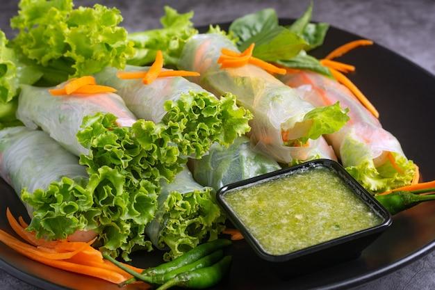 Fresh vegetable rice wraps