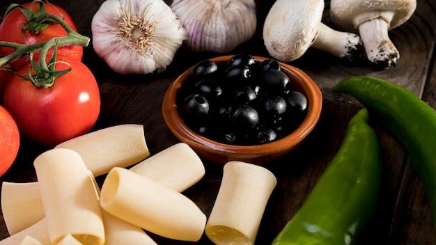 Свежие овощи для макарон