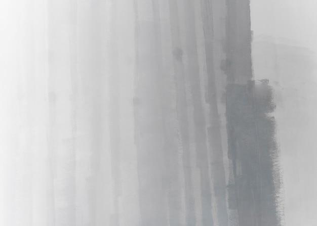 Свежеокрашенная стена