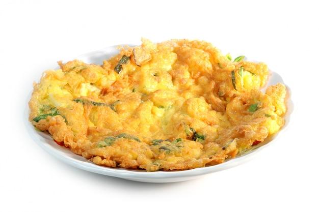 Fried beaten eggs, omelet