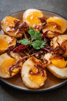 ゆで卵のタマリンドソース炒め