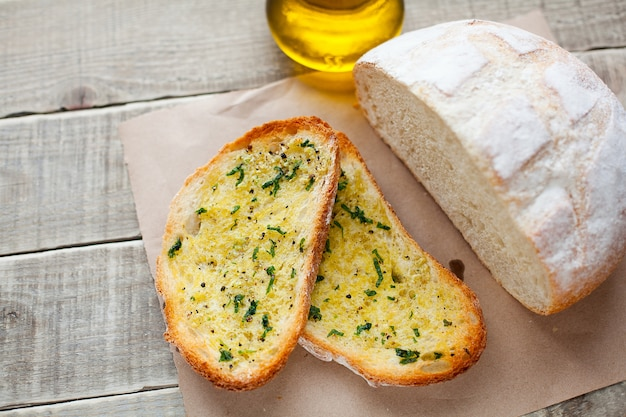 Fried bread with olive oil, garlic and herbs.