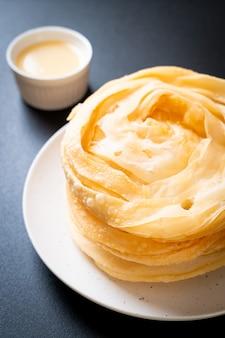 Fried crispy roti dough