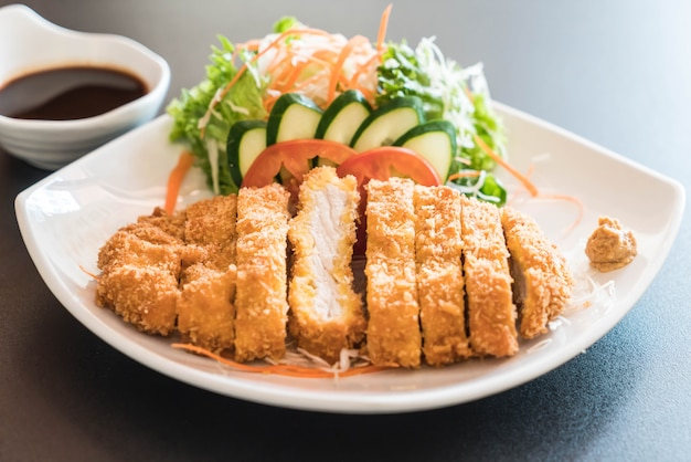 Fried cutlet pork with vegetable