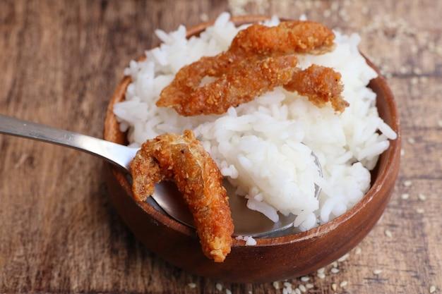 白ごまと魚のフライ