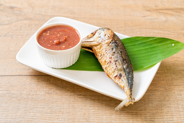 Fried mackerel fish with spicy shrimp paste sauce