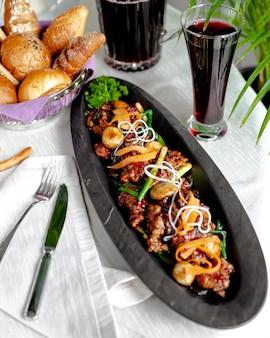 キノコ、ピーマン、ねぎの揚げ肉
