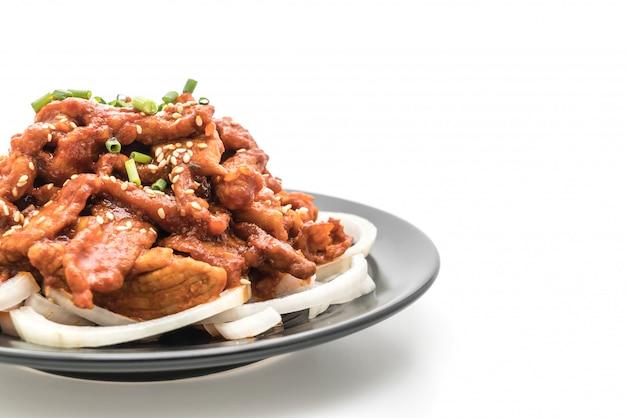 Fried pork with spicy korean sauce (bulgogi)