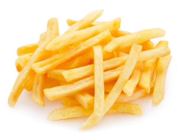 흰색 배경에 고립 튀긴 감자