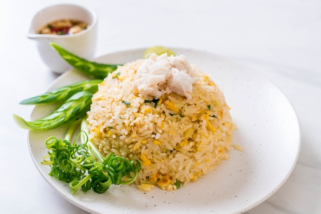 Fried rice with crab