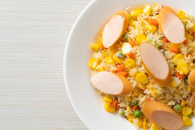 Fried rice with sausage and mixed vegetable