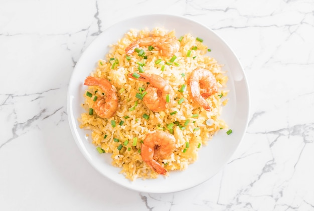 Fried rice with shrimps