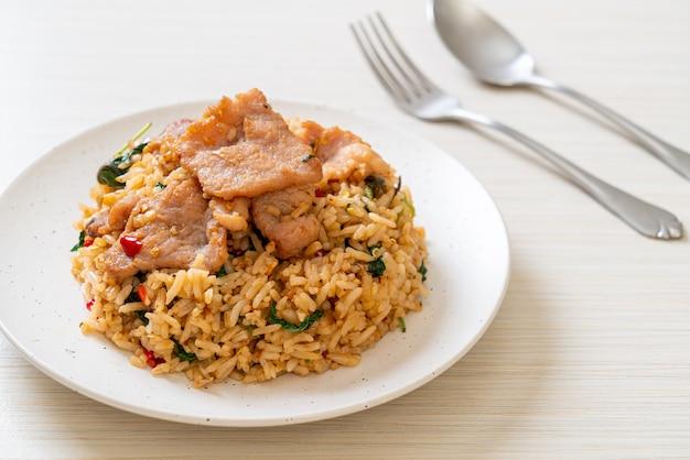 Fried rice with thai basil and pork