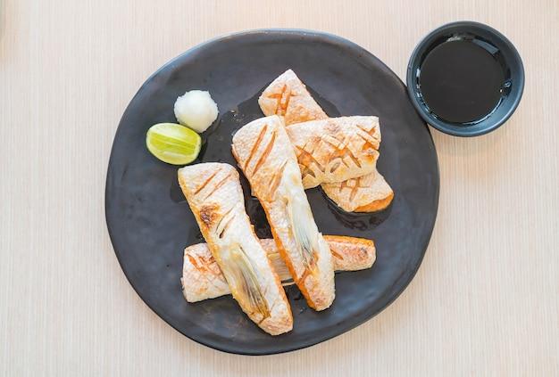 Bistecca di salmone fritto