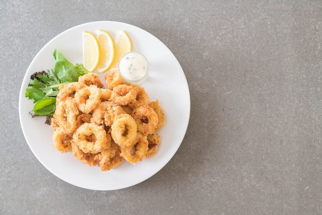 Fried squid (calamari rings)