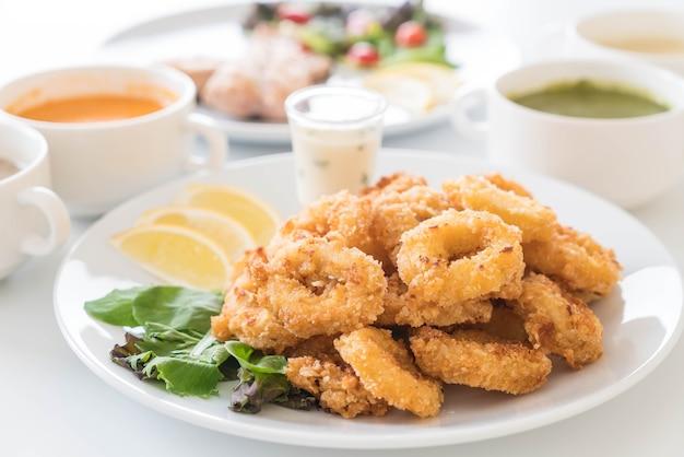 Fried squid (calamari rings)
