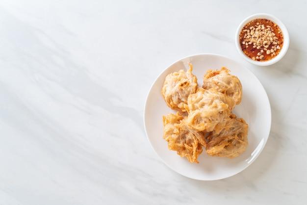 Жареное таро с соусом - веганский и вегетарианский стиль питания