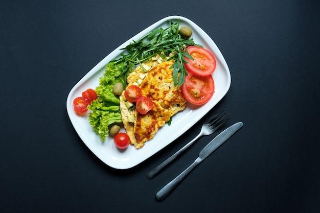 トマトとロキュラの揚げ豆腐