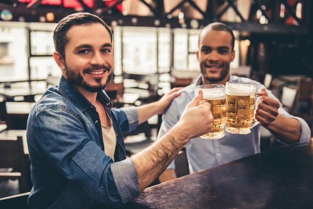 Friends in pub