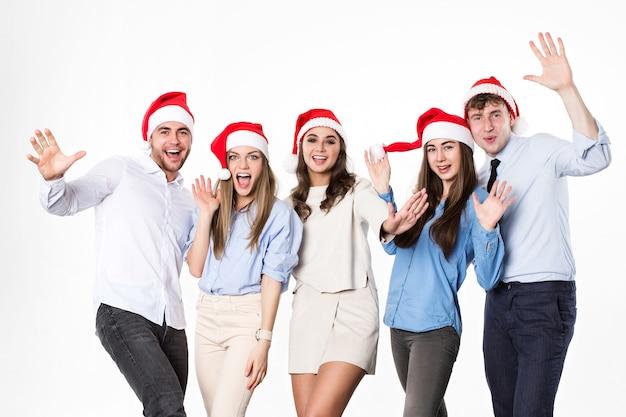 고립 된 산타 모자에 새 해와 크리스마스 선물 친구
