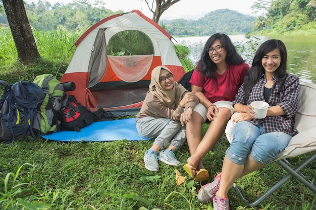 Friendship hangout traveling destination