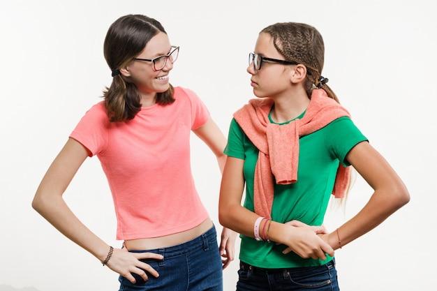 Friendship of two teenage girls.