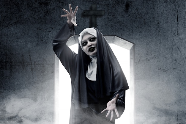 Frightening devil nun haunted the darkroom
