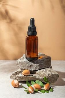 Composizione del prodotto in argan vista frontale