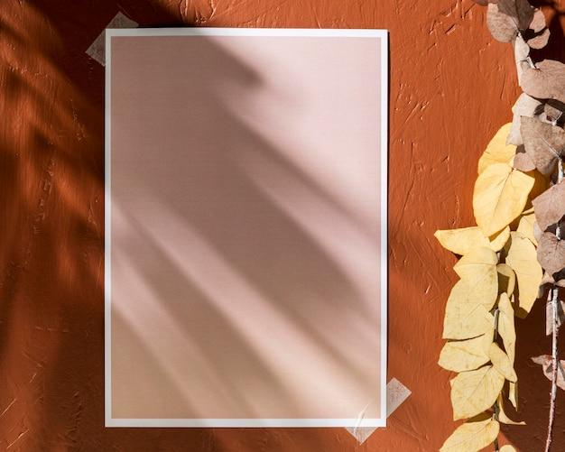 Vista frontale del moodboard autunnale con copia spazio