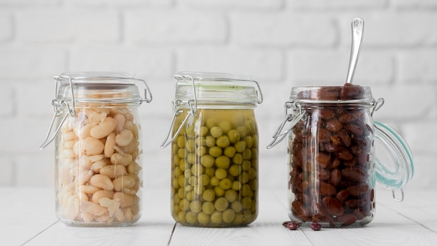 Front view of beans arrangement in jar