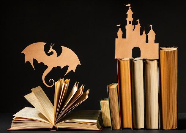 さまざまな本の正面図美しい構成