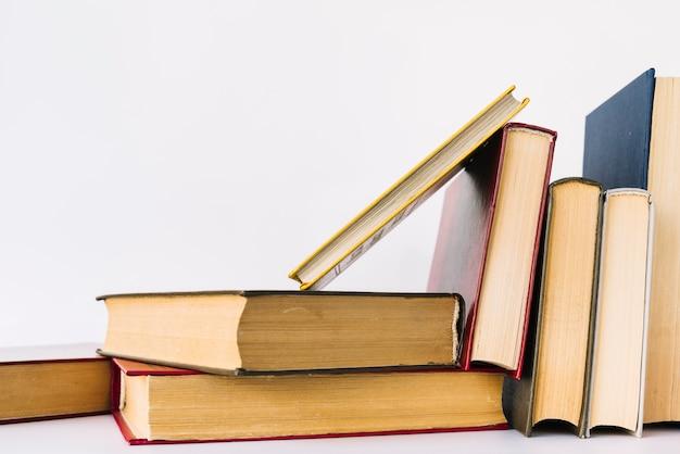 Передняя книжная куча