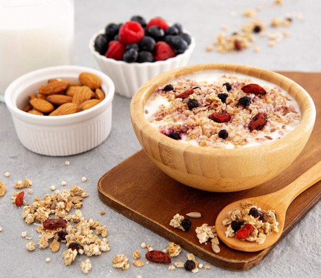 Front view cereals in wooden bowl