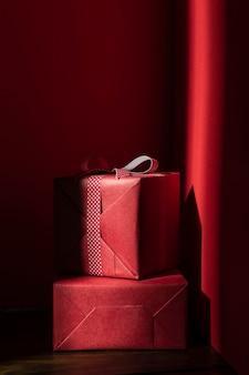 Vista frontale del concetto di regalo di natale