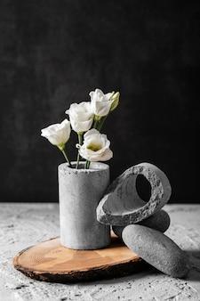 봄 꽃의 전면보기 구성
